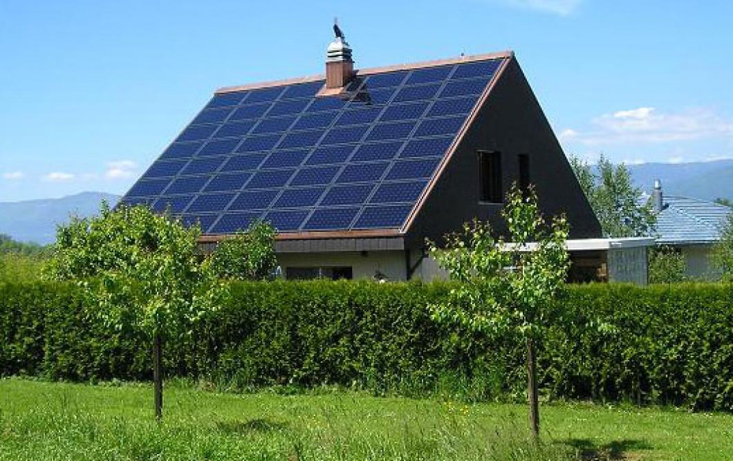 Как сделать на крыше дома солнечные батареи для